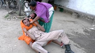 CWE |Singham Dubey ji is jealous to see baba reading palm of Aunty