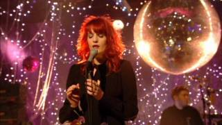 Watch Florence & The Machine Rabbit Heart (raise It Up) video