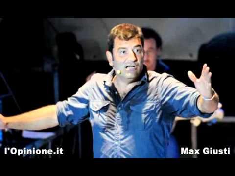 Max Giusti: La vita? Non sembra Politica, oppure no?