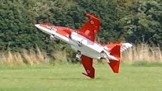 RC TURBINE JET CRASH !!! YAK-130 BIG SCALE TURBINE MODEL JET FLIGHT ON A WINDY DAY