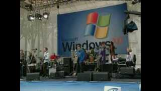 Windows XP launch party with Bill Gates, Madonna and Sting Computer Chronicles (2002)