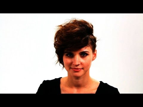 How to Rock a Short Hair Look | Short Hair Tutorial for Women