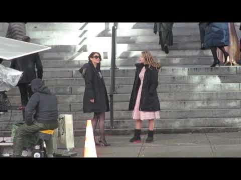 Melissa Benoist, Chyler Leigh and Caity Lotz rehearsal - Supergirl 2017 Arrowverse crossover scene