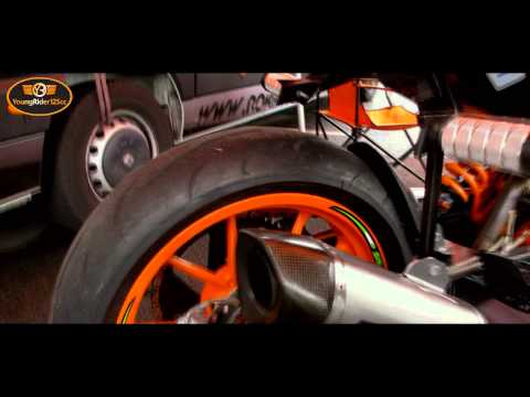 Akrapovic on Duke125 | Rok Bagoros | Soundcheck | Intermot 2012