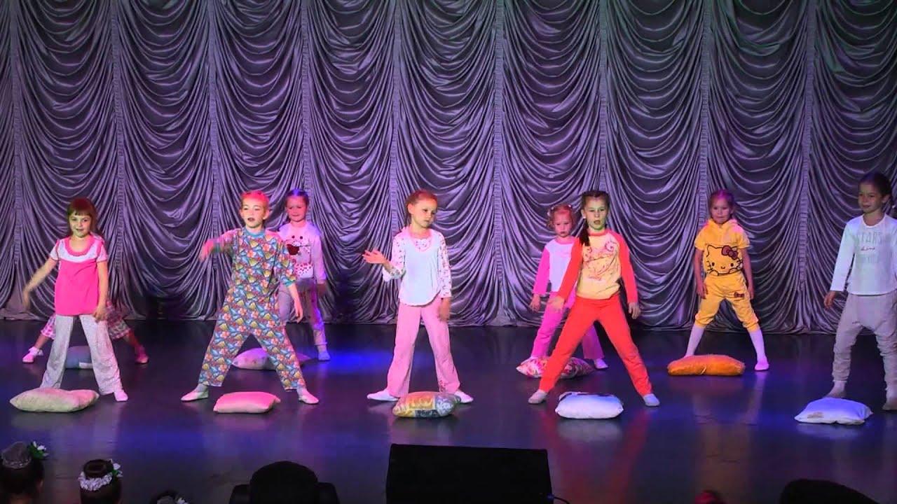 """Детский отчетный концерт студии """"Дива"""" в доме молодежи Атлант 01.06.2014 г. Дети  (5-7 лет)."""