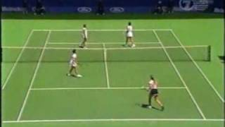 Hingis/Lucic vs Davenport/Zvereva 1998 AO Highlights