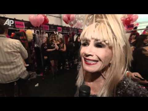Pregnant Kristin Cavallari Front Row At Betsey Johnson video
