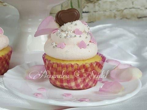 Valentinstag Cupcake/ I LOVE MILKA - YouTube