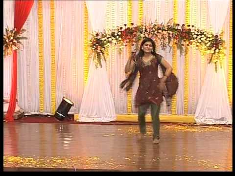 Dance On Dhanno, Sajna Ji Vaari Vaari video