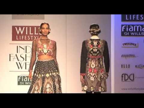 Wills Lifestyle India Fashion Week AW14 Day3 | Pia Pauro