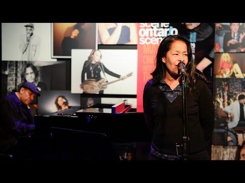 Molly Johnson sets the stage for Ontario Scene | Aperçu de la Scène Ontario avec Molly Johnson