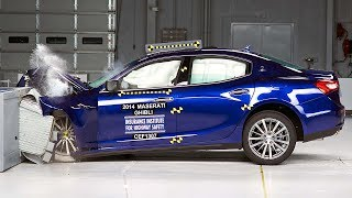 2014 Maserati Ghibli moderate overlap IIHS crash test