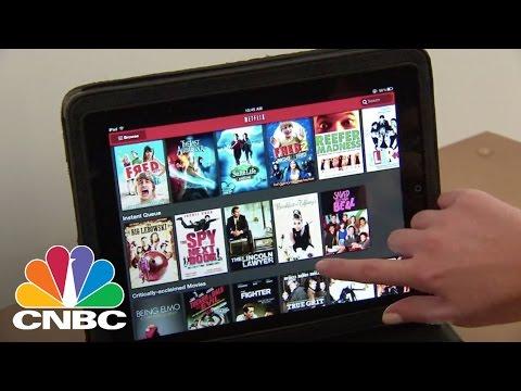 Netflix to Report Q4 Earnings | Tech Bet | CNBC