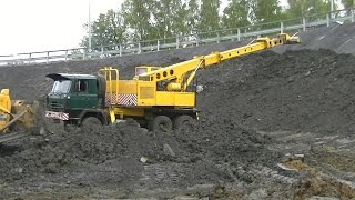 Tatra 815 UDS-114  covering slopes with topsoil