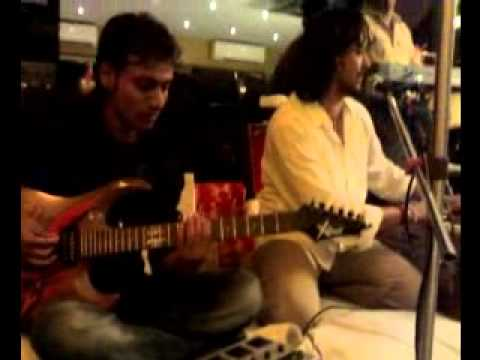 Raja Hasan singing Dil De Diya Hai Jaan Tumhe Denge from the...