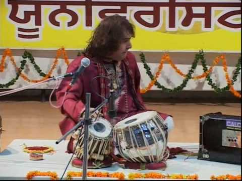 Ustad Tari Khan Tabla Solo In India -2 video