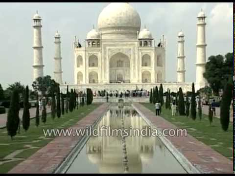 Lakhs of foreign tourists visit Taj Mahal every year