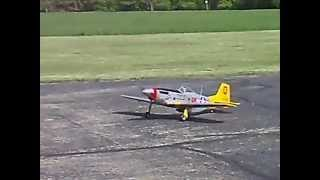 Hangar 9 P-51 maiden flight
