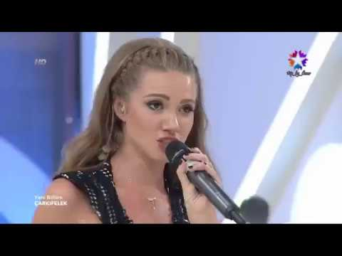 Otilia Bilionera stage show