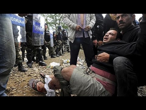 'Tear gas and stun grenades': Migrants under fire in FYR Macedonia