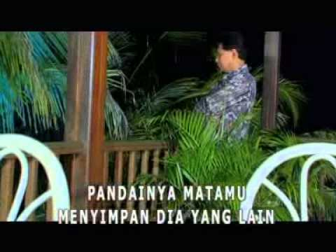 ANTARA CINTA DAN DUSTA - OBBIE MESSAKH - [Karaoke Video]