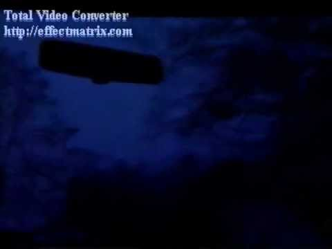Close ufo at Night Filmed before CGI and LED lights 70/80's
