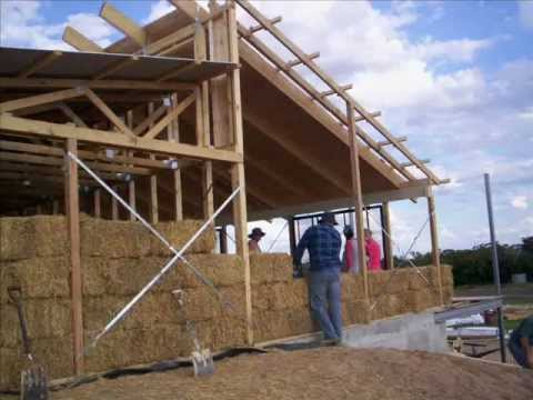 how to build a straw house