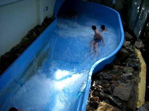 Wildwaterbaan mol kempense meren youtube for Piscine sunpark
