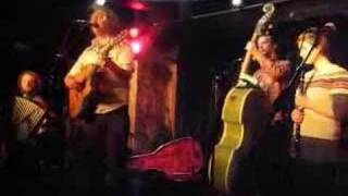 Watch James Yorkston 5 A.m. video