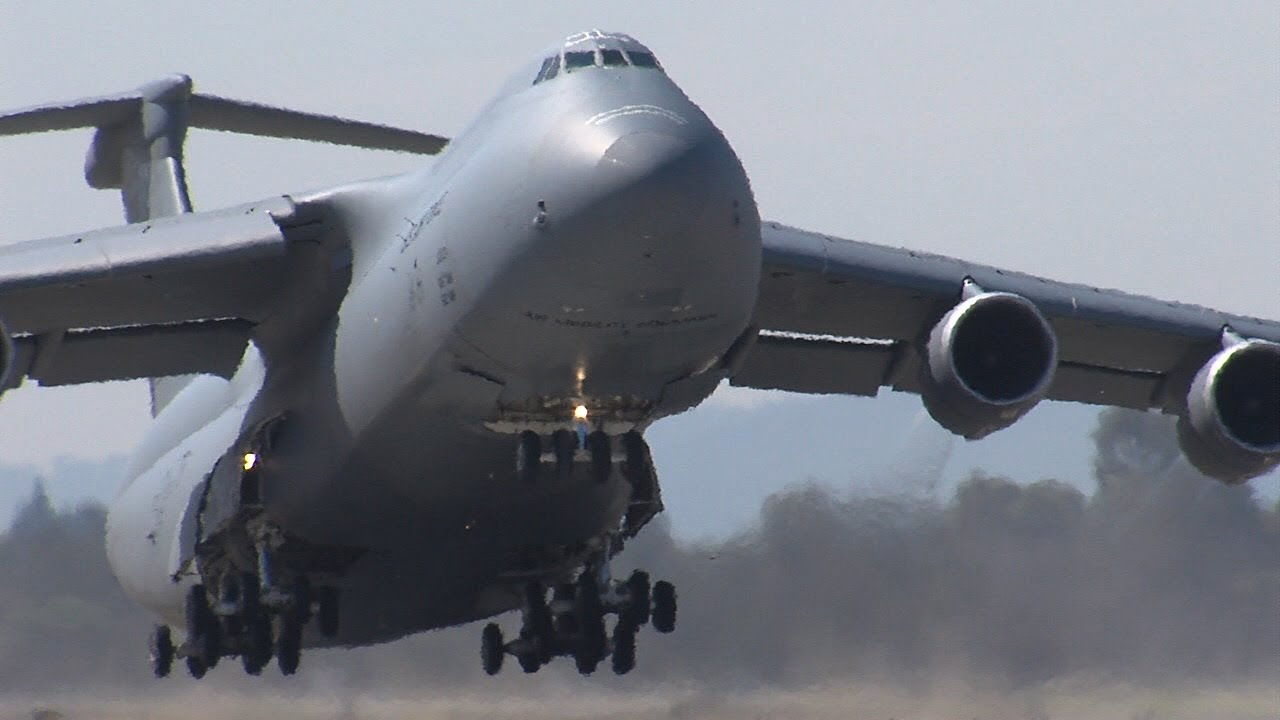 Lockheed C5 Galaxy  Wikipedia