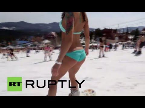Russia: Bikini clad Siberians set skiing world record
