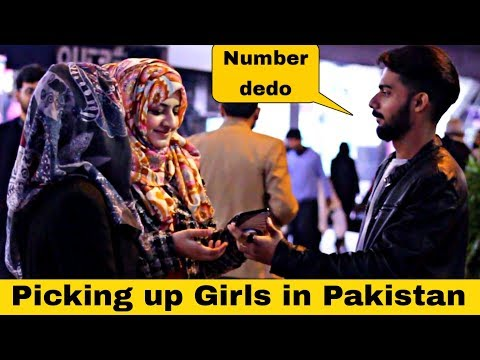 Getting Girls Numbers In Pakistan Like A Boss With A Twist