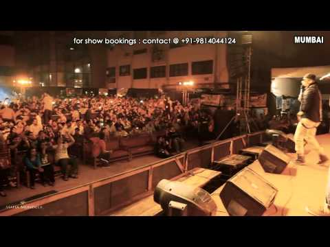 Yo Yo Honey Singh Live  Mumbai (4-12-12) Part 1 video