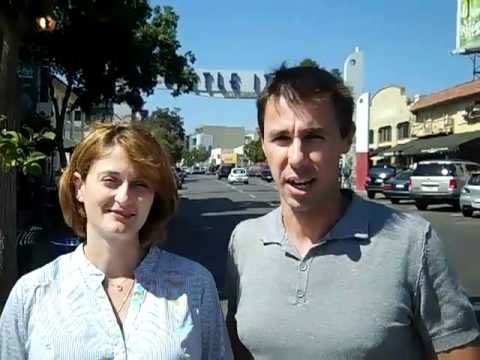 Walking tour of Little Italy - San Diego