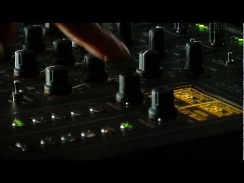 Xone:DB2 Reloaded - Infra Bass & Saturator - Firmware V2