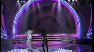 Download lagu El general con Anika- Rica y Apretadita