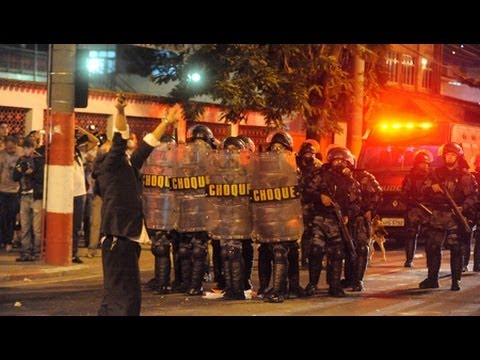 Protesters Clash with Police in Brazil - Dave Zirin on World Cup 2014 (1/2)