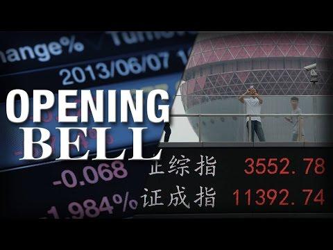 Chinese Stocks Plummet, U.S. Stocks Open Modestly Lower