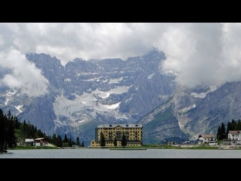 Lago di Misurina - Dolomite Alps / Italy walk around