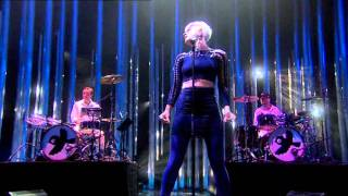 Robyn Dancing On My Own Live At Oslo Spektrum Nobel Peace Prize Concert