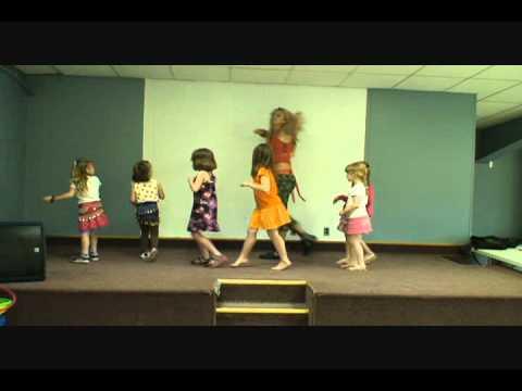 Wow Girls Zumba- Lil' Stars- Happy Boys And Girls video