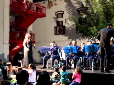 Sá Marina Por Ana Renata e Banda de Musica de Aracoiaba No Dragão do Mar em Fortaleza