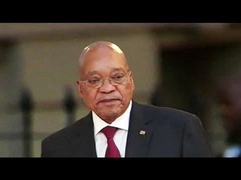 Zuma Anayasa Mahkemesi'nin kararını kabul etti