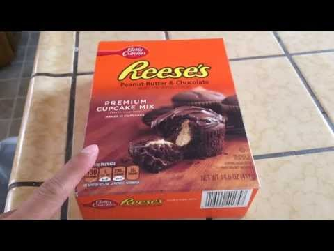 Betty Crocker Reese's PEANUT BUTTER & CHOCOLATE Premium Cupcake Mix Review