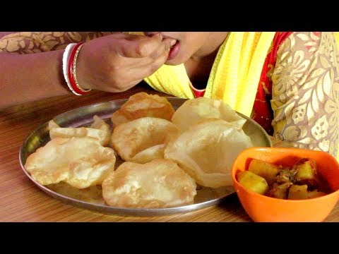 Eating Luchi Aloo Dum || Aloo Dum Recipe || Food Ninja