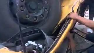 أقوى حادث بلعالم لسيارة السايبه 2012 صايره قوطيه