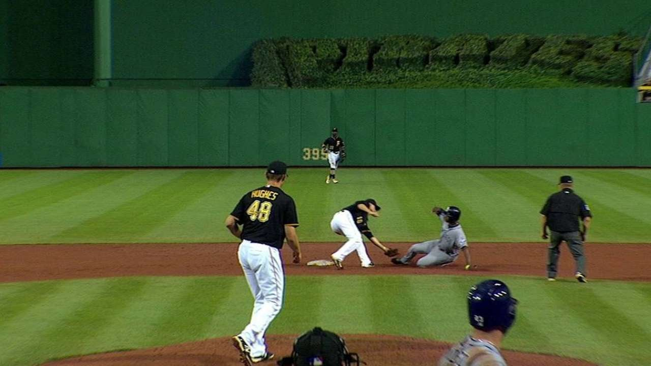 SD@PIT: Cervelli throws out Upton at second