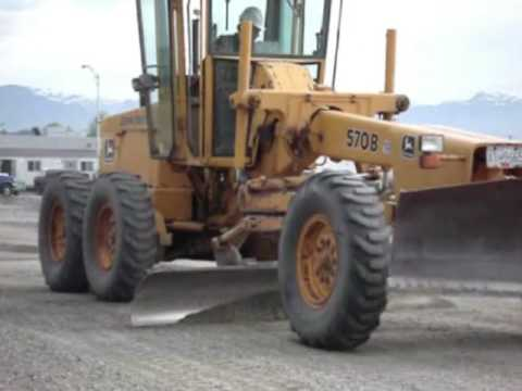 Just Heavy Equipment #7 - John Deere 570 Grader