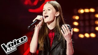 "Eliza Gąsiorowska - ""W stronę słońca"" - Blind Audition - The Voice Kids Poland 2"