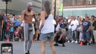 Union Square Park - Crazy Street Performers